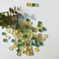 【 クラフト用 】 10mm角ガラスタイル クリアグリーンミックス 100g入り