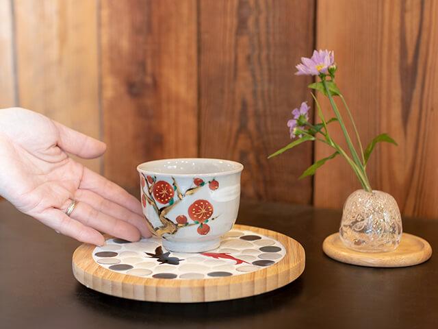 鍋敷き木製ベース 直径18cm(厚さ2cm)使用例